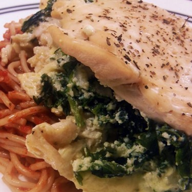 Easy Spinach and Ricotta-Filled Chicken Breasts Recipe | SideChef