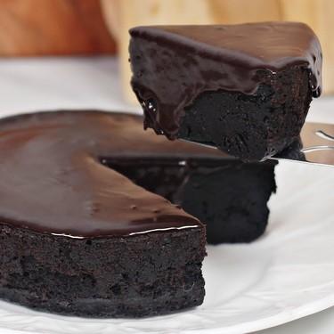 3 Ingredients Chocolate Fudge Cake Recipe   SideChef