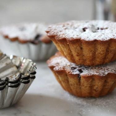 Lemon and Blackberry Teacakes Recipe | SideChef