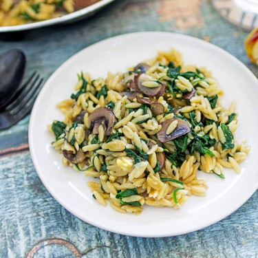 One-Pot Orzo with Mushrooms and Spinach Recipe | SideChef