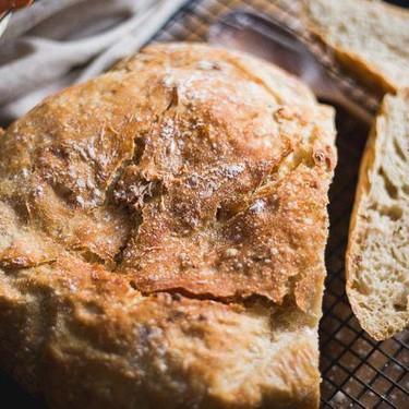 Easy Crusty No Knead Artisan Bread Recipe | SideChef