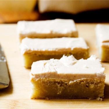 Banana Cake with Cinnamon Cream Cheese Icing Recipe   SideChef
