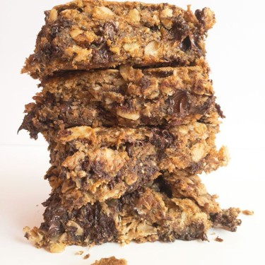 Vegan Almond Joy Oatmeal Breakfast Bars Recipe | SideChef