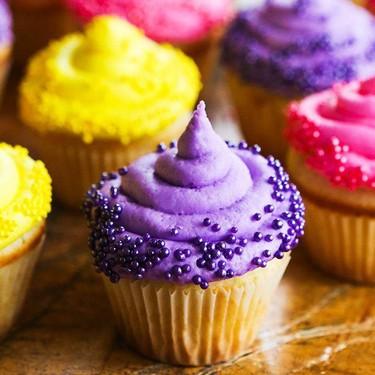 Classic White Cupcakes Recipe | SideChef