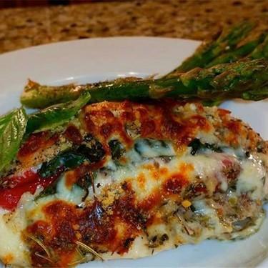 Roasted Red Pepper & Basil Stuffed Chicken Recipe | SideChef
