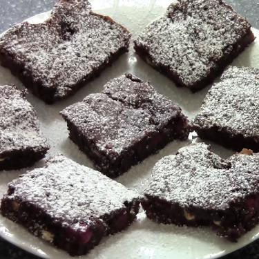 Christmas Chocolate Raspberry Brownies Recipe | SideChef