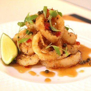 Crispy Squid with Green Peppercorn & Chili Dressing Recipe | SideChef