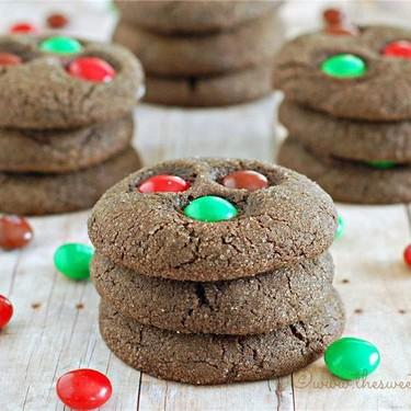 Chewy Dark Chocolate Gingerbread Cookies Recipe | SideChef