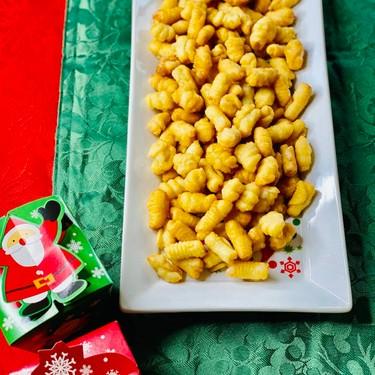Kulkuls (Indian Christmas Sweets) Recipe | SideChef