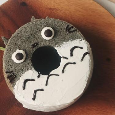 Totoro Black Sesame Chiffon Cake Recipe | SideChef
