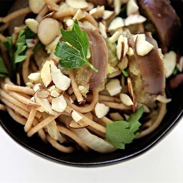 Whole Wheat Spaghetti and Vegetables Recipe | SideChef