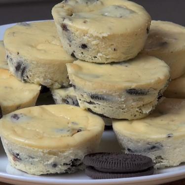 Cookies and Cream Mini Cheesecakes Recipe   SideChef