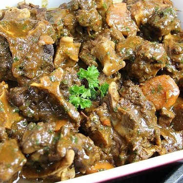 The Ultimate Slow Cooker Oxtail Recipe | SideChef