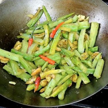 Bitter Melon with Shrimp Stir-Fry Recipe | SideChef
