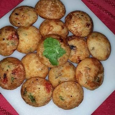 Pan Fried Rava Hoppers Recipe | SideChef