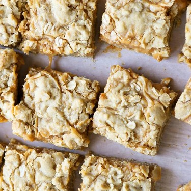 Salted Caramel Oatmeal Bars Recipe | SideChef