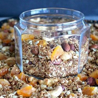 Honey Bran Granola with Almonds & Apricots Recipe | SideChef