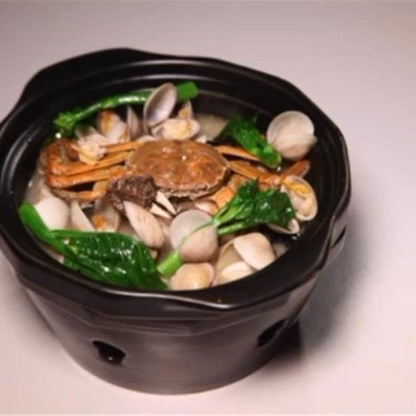 Chinese-Style Crab and Clam Soup Recipe | SideChef