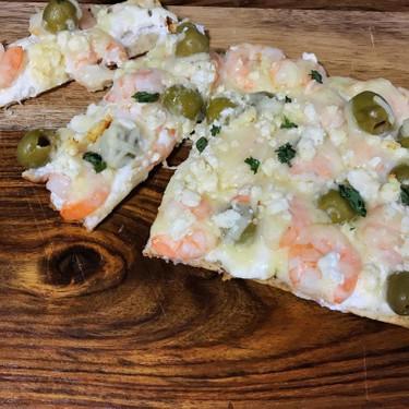 Grilled Mediterranean Flatbread Recipe | SideChef