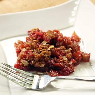 Simple Rhubarb Crisp Recipe | SideChef