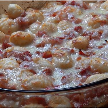 Cheesy Bacon and Tomato Gnocchi Bake Recipe | SideChef