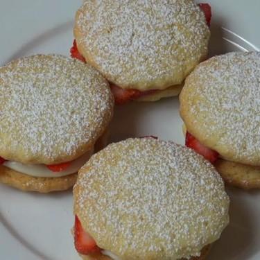 Strawberry Shortcakes Recipe | SideChef