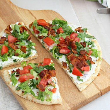 BLT Naan Pizza Recipe | SideChef
