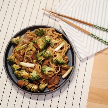Chrissy Teigen's Pad Thai Carbonara Recipe | SideChef