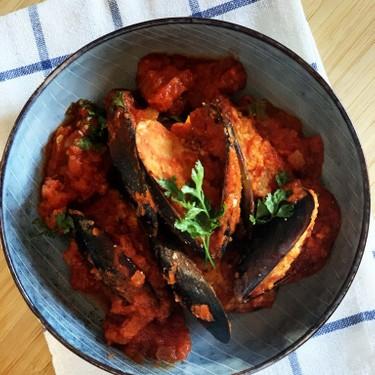 Stuffed Mussels in Tomato Sauce Recipe | SideChef
