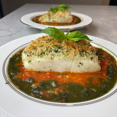 Panko Crusted Halibut in a Tomato, Fennel, Basil Sauce Recipe | SideChef