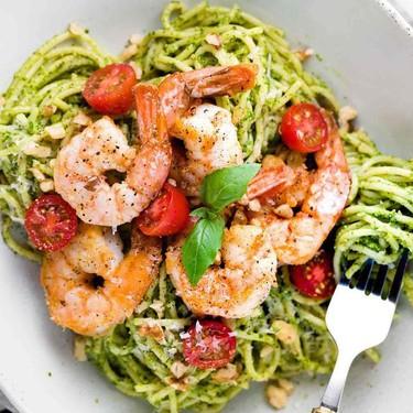 30-Minute Pesto Shrimp Pasta Recipe | SideChef