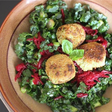 Fried Cashew Cheese Kale Salad with Pickled Beets Recipe | SideChef