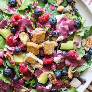 Berry and Pecan Spring Mix Salad with Vinaigrette Recipe | SideChef