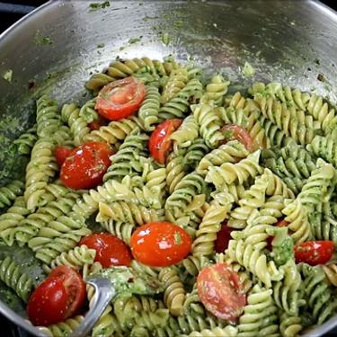 Quick Basil Pesto Pasta Recipe | SideChef