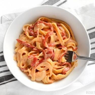 One Pot Roasted Red Pepper Pasta Recipe | SideChef