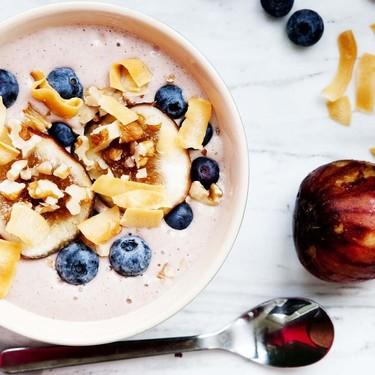 Strawberry Fig Smoothie Bowl Recipe | SideChef