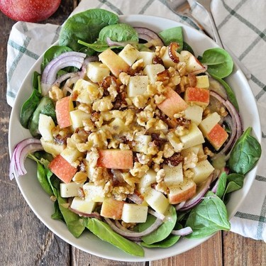 Winter Spinach Salad with Apples and Manchego Cheese Recipe | SideChef