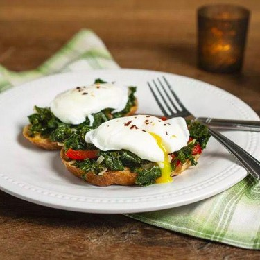Poached Egg and Kale Toast Recipe | SideChef