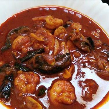 Prawns In Spicy Red Chilly Gravy Recipe | SideChef