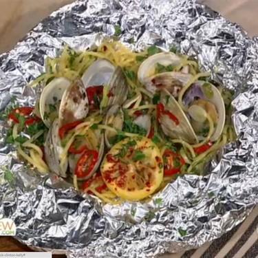 Spaghetti and Clams Foil Pack Recipe | SideChef