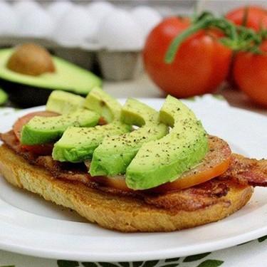 California Egg in the Hole Sandwiches Recipe | SideChef