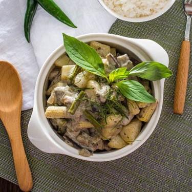 Green Curry with Chicken Recipe | SideChef