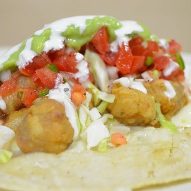 Crispy Snapper Tacos with Green Salsa and Lime Crema Recipe | SideChef