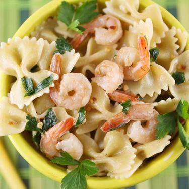 Healthy Lemon Shrimp Pasta Skillet Recipe | SideChef
