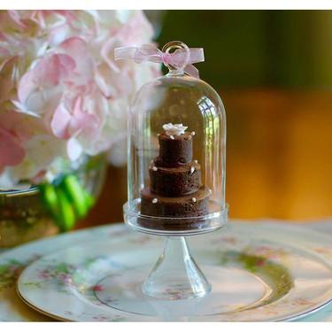 Mini Wedding Cakes Recipe | SideChef