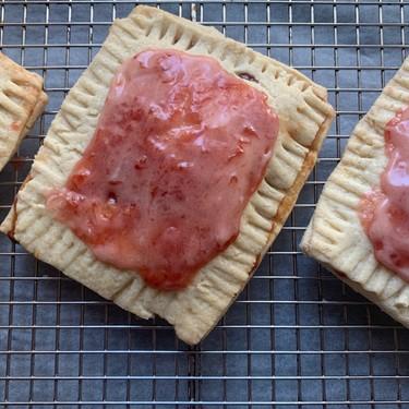 Homemade Strawberry Pop-Tarts Recipe | SideChef