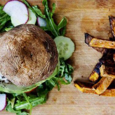 Beef Burger in Portobello Mushroom Bun Recipe | SideChef