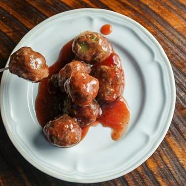 Chili Cranberry Slow Cooker Meatballs Recipe | SideChef
