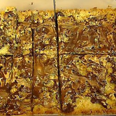 Chocolate and Peanut Butter Meltaway Bars Recipe | SideChef