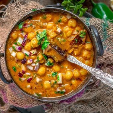 Kondai Kadalai Kuzhambu (South Indian Chickpea Curry) Recipe | SideChef